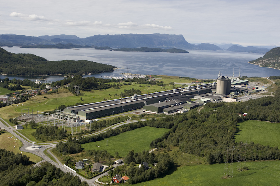 Norsk Hydro wants Rio Tinto aluminum assets, offers $345 million