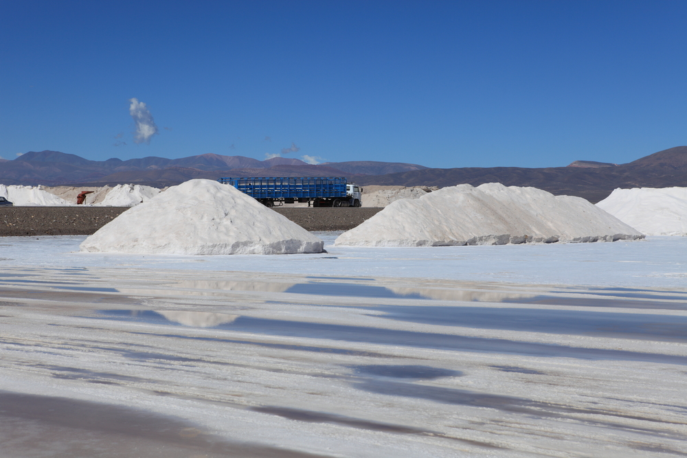 SQM talks down lithium oversupply, says market to grow 80% a year