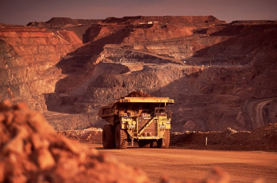 Newmont profit soars on higher gold prices, claims top bullion miner title