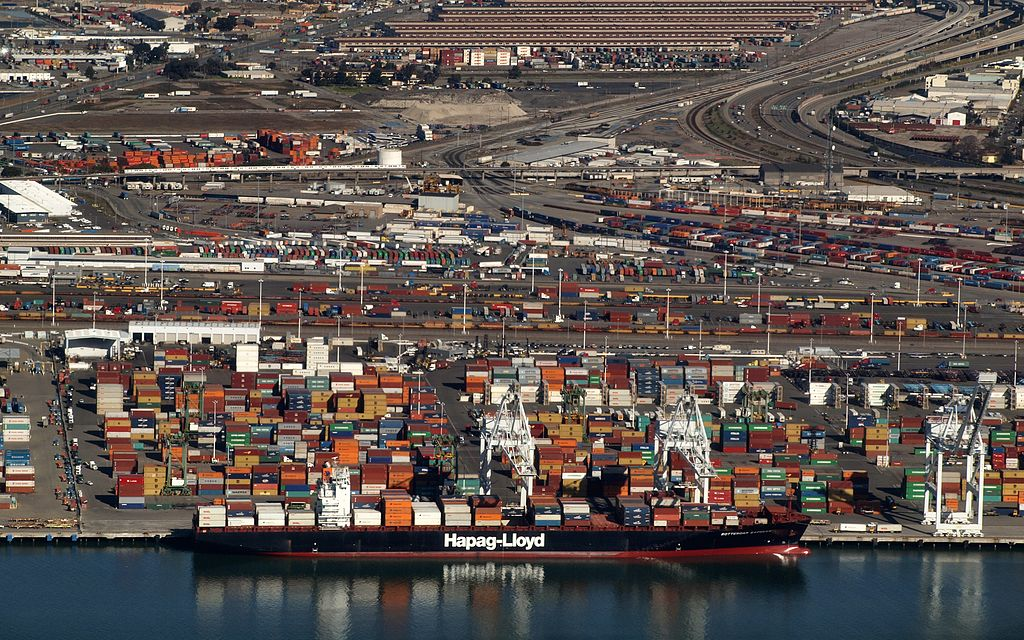 Oakland port ban on coal shipments blocked by US judge