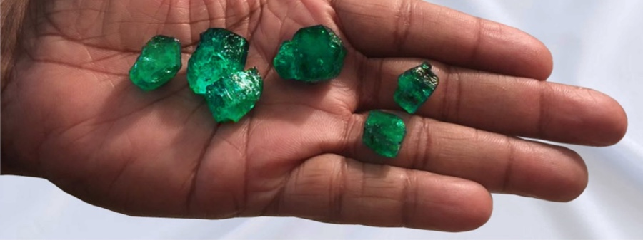 Fura Gems finds giant emerald at historic Coscuez mine in Colombia