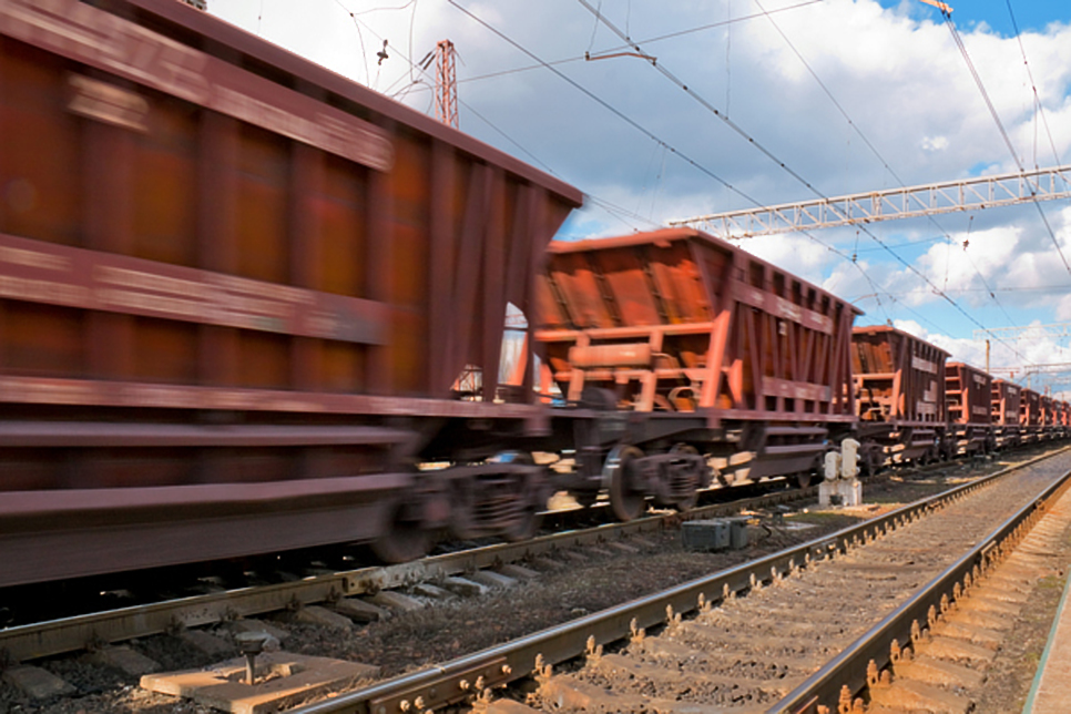 Iron ore price down as CRU and JPMorgan see China's steel output decline