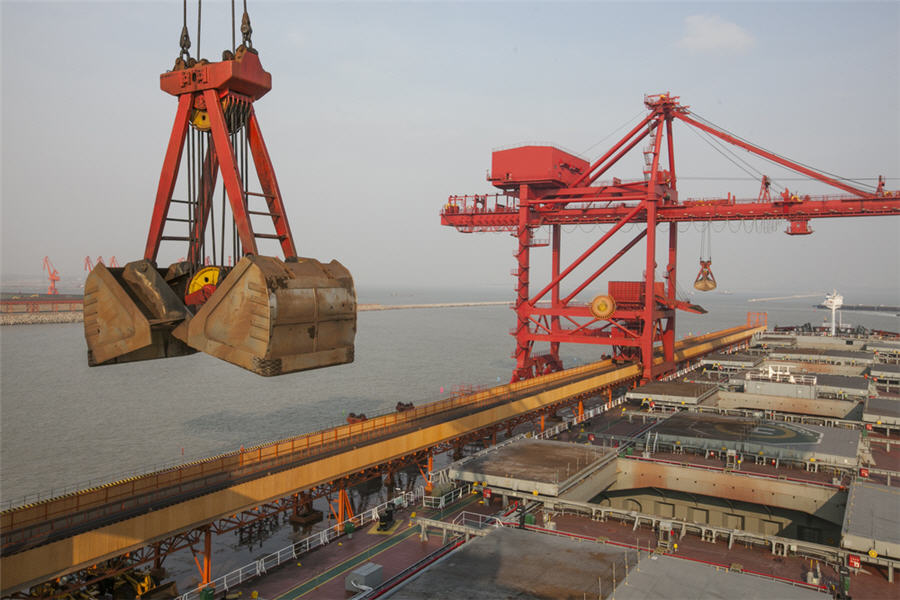 China iron ore imports dip in April on shipping disruptions