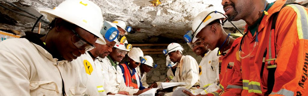 South Africa mine lobby is said to plan free carry challenge