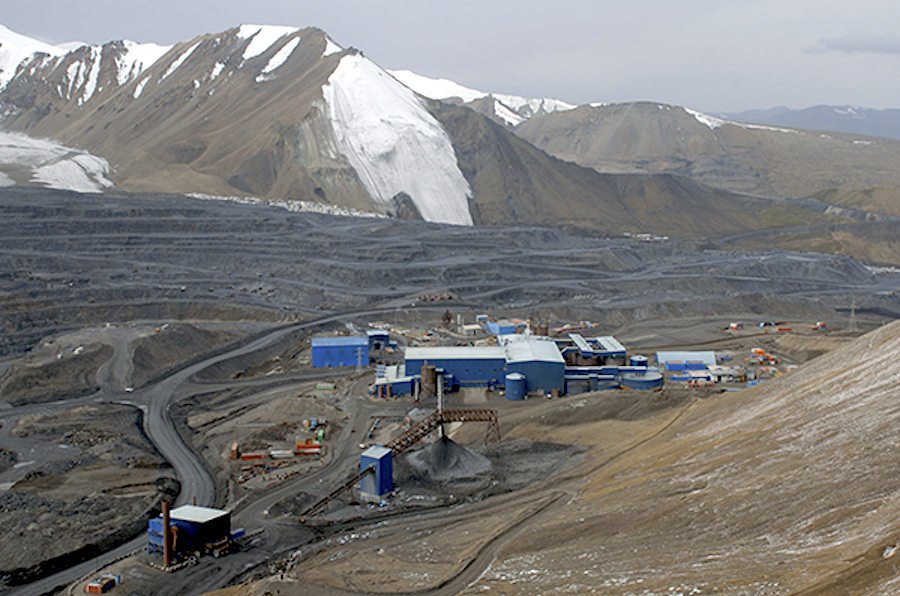 Centerra mine's future up in the air as Kyrgyzstan to review deal