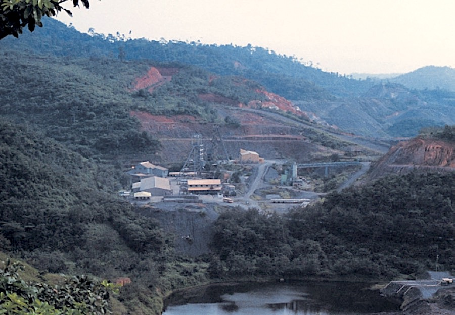 Ghana OKs AngloGold plan to reopen mine that battled illegal miners