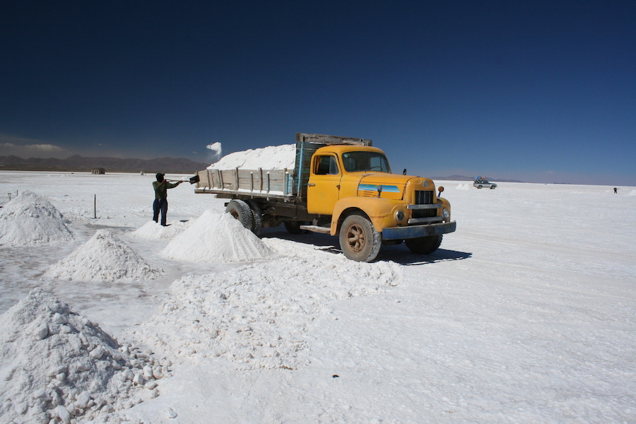 Lithium demand from battery makers to almost double by 2017