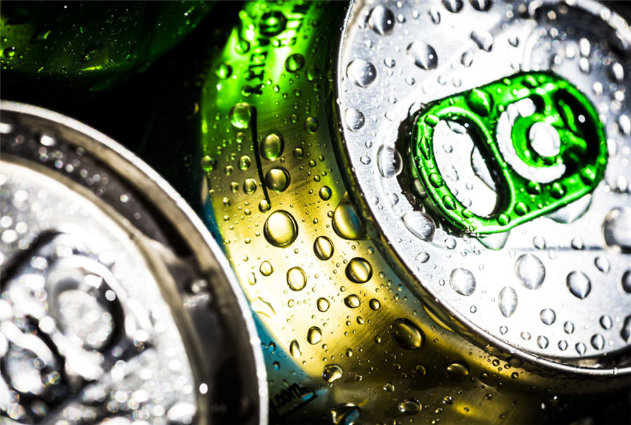 Soaring Aluminum Drives Up Cost of Everything From Beer to Foil