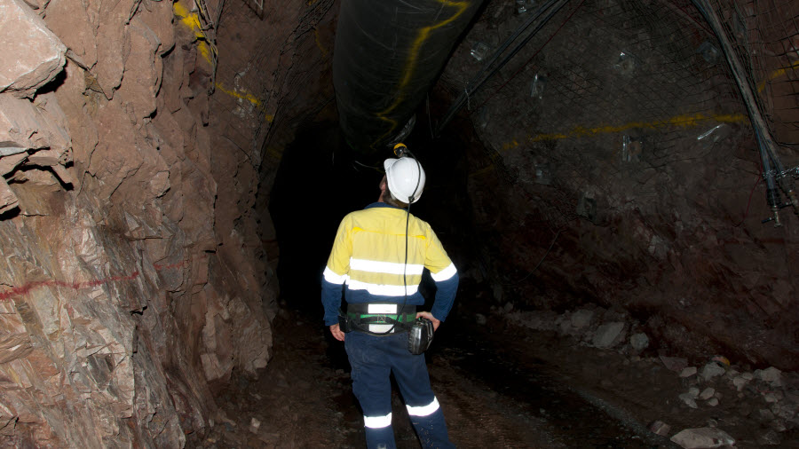 What's good and bad as a fly-in, fly-out mine worker – MINING COM