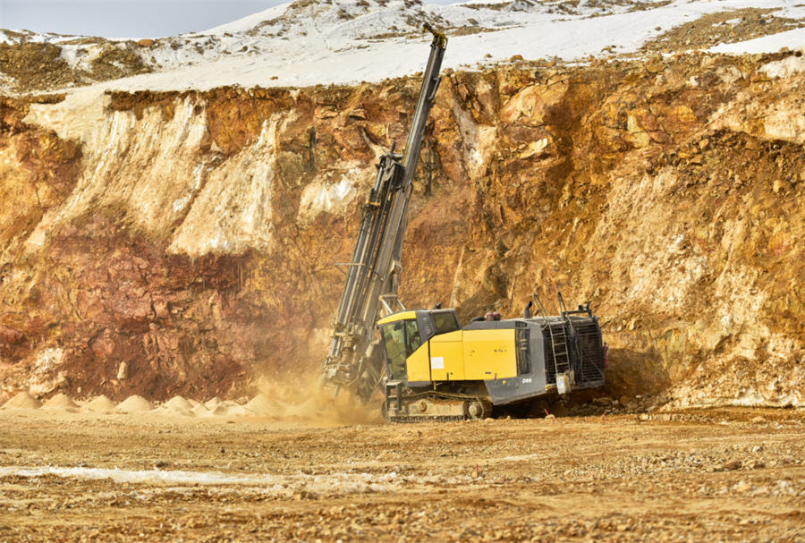 Russia's Polymetal starts construction at new gold mine ...