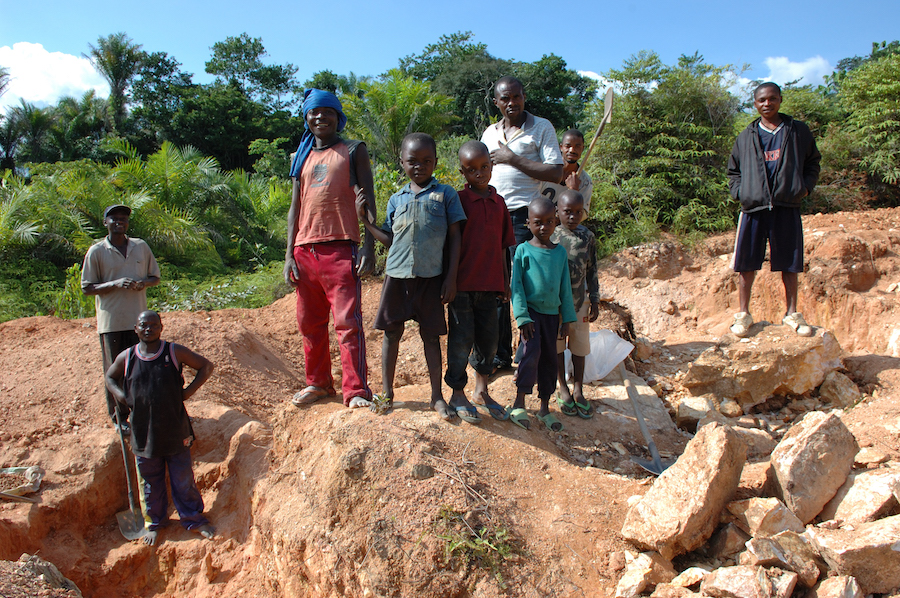 Congo miners buying cobalt from artisanal operators to balance market
