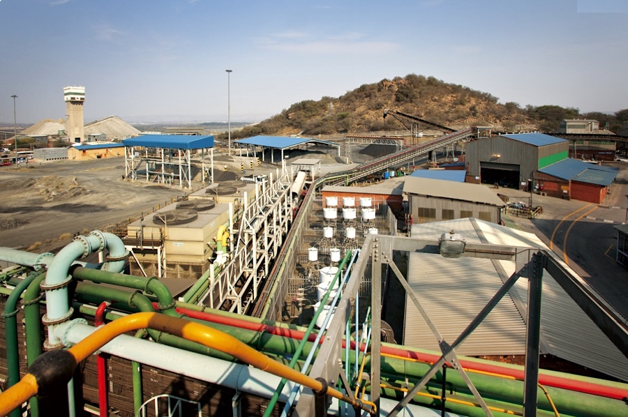 Lonmin in $200m loan deal with state-backed Chinese company