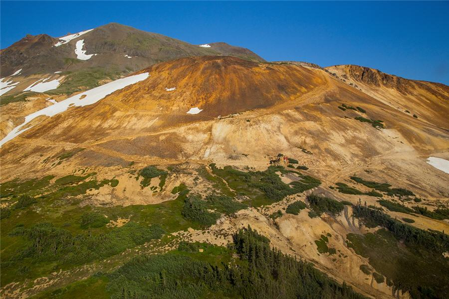 Golden Ridge closes option deal with Barrick for 100% interest in Hank Project