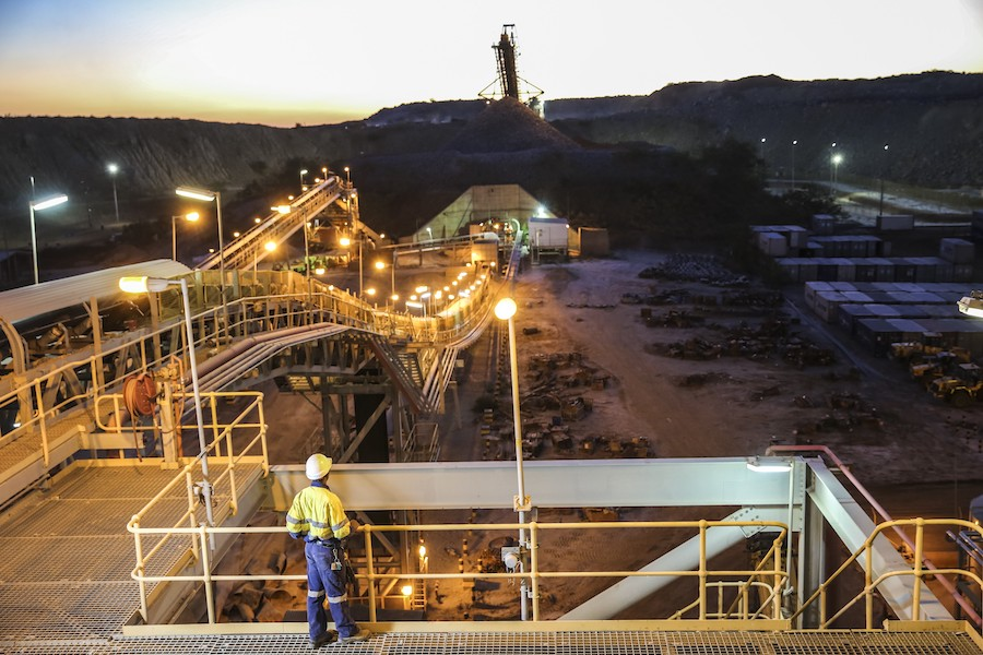 "Barrick irons out issues in Tanzania with ""historic"" deal"