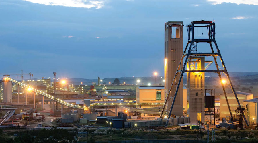 Gold Fields earnings surge on strong gold prices