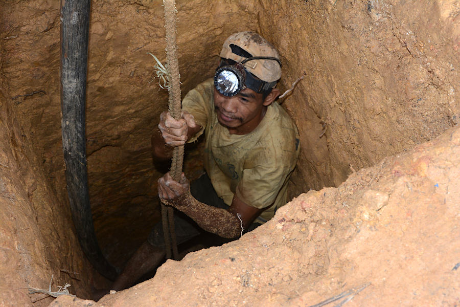 Philippines to allow some halted mines resume operations with conditions