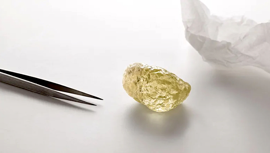 Largest diamond in North America found in Canada's Diavik mine