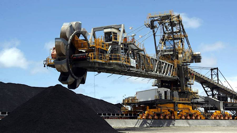 Australian coal exports to China slump, but prices are mixed