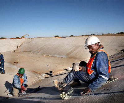Virus-hit South African miners battle to return workers