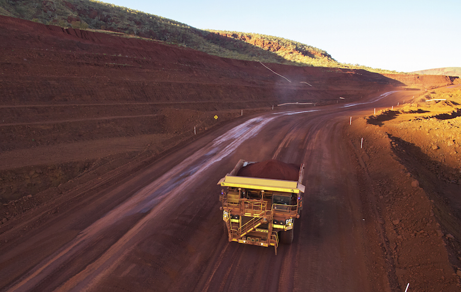 Driverless trucks are not flawless: Two crash at Fortescue mine in Australia