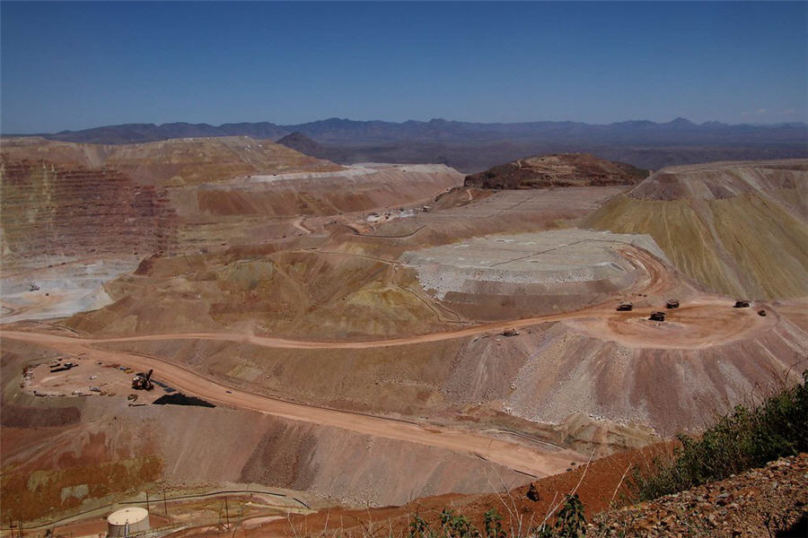 "Freeport says Arizona copper project ""substantially complete"""