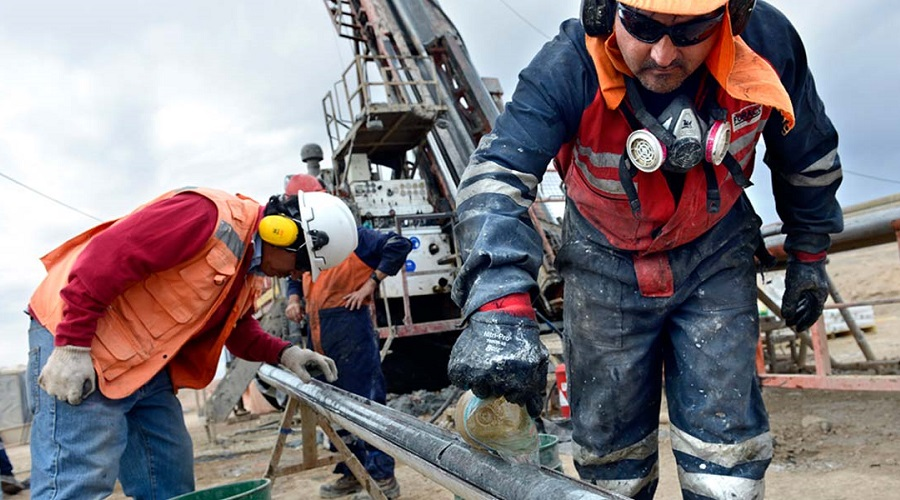 Antofagasta's Centinela union rejects contract offer, opens door to strike