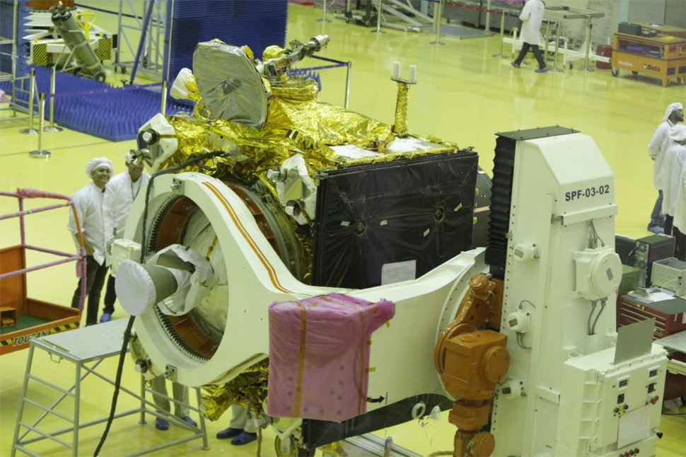 India unveils spacecraft that will look for water, energy sources in the moon