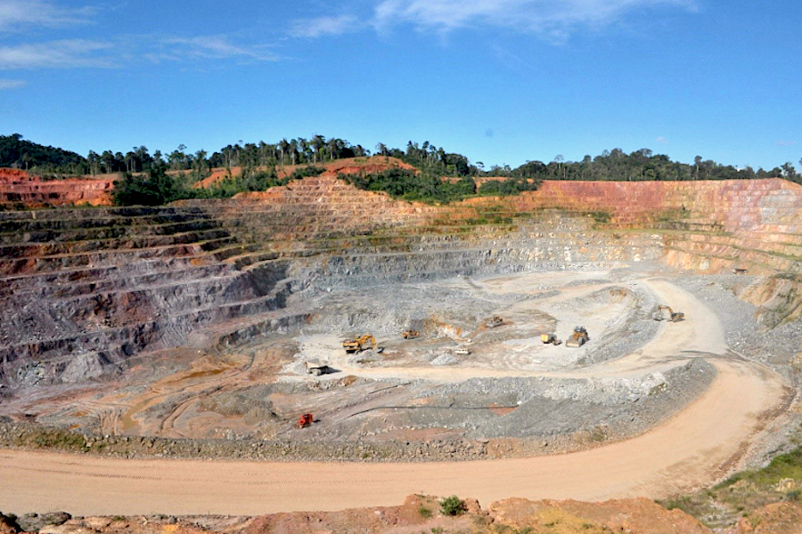 IAMGOLD resumes full operations at gold mine in Suriname