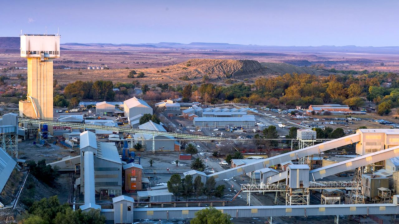Savannah Resources secures first of three mining licences