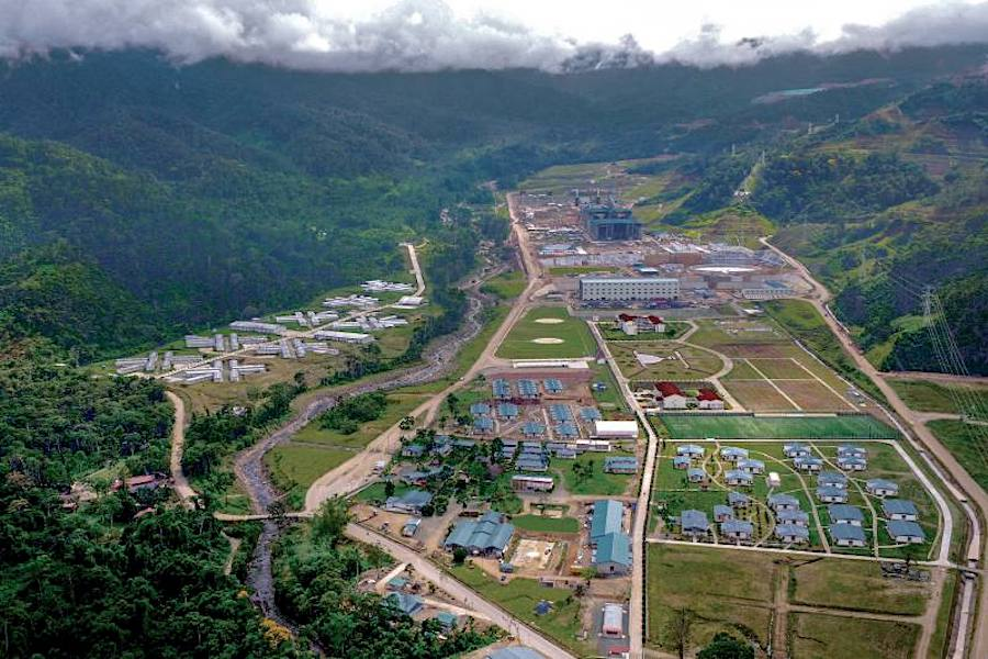 Ecuador moving from explorers' hotspot to copper exporter with first cargo