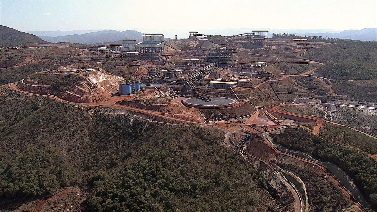 Anglo American to boost Minas Rio mine to full capacity as it gets key licence