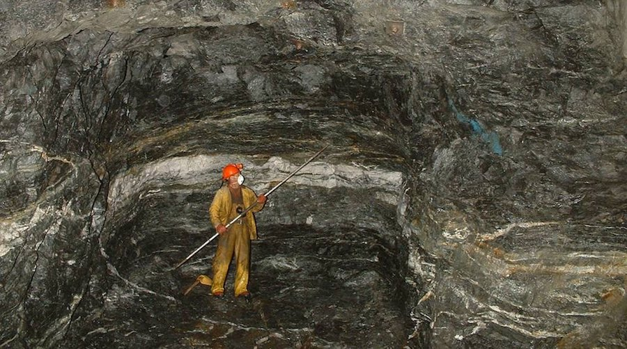 No need to dig deep to find gold - study