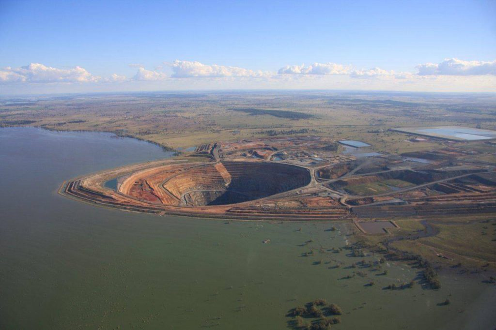 Australia's Crippling Drought Posing Bigger Risks to Gold Mines