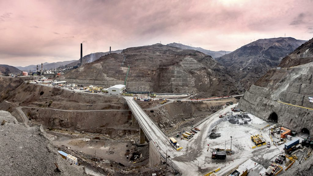 Gap between No. 1 and 2 copper miners widens as Codelco output drops 5.3%