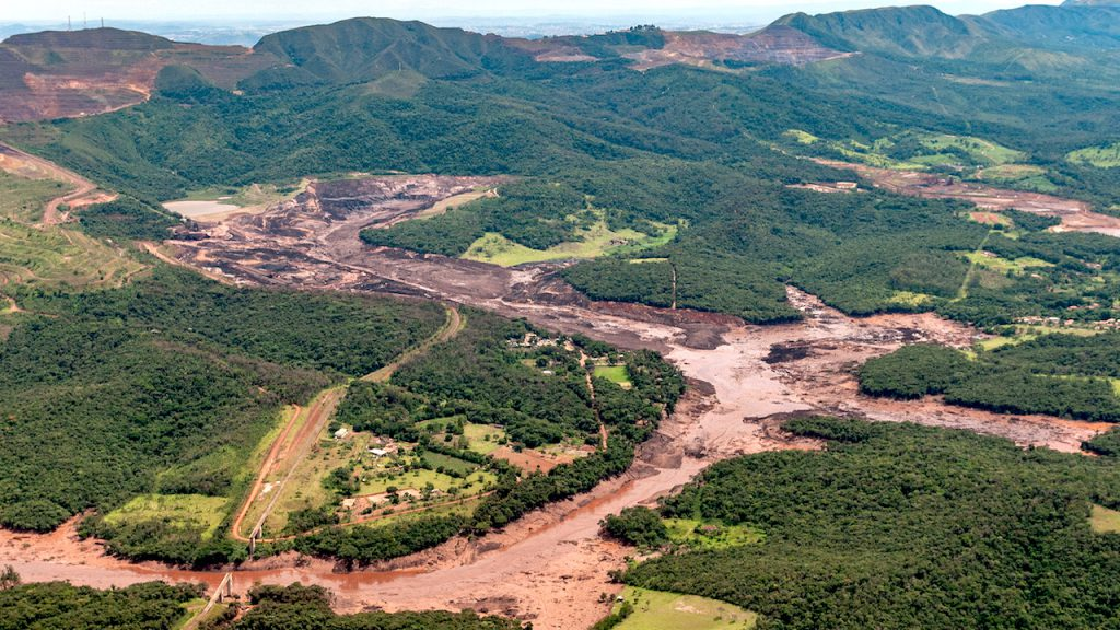 Miners response to Brazil's dam disaster still weak — report