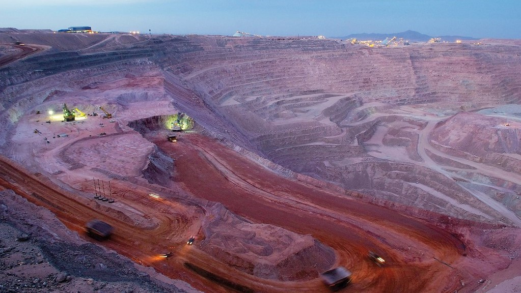 Court ruling forces BHP to halt operations at Cerro Colorado