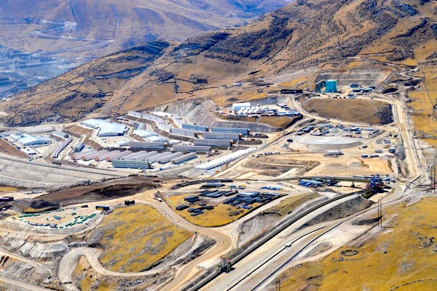 MMG copper output sinks on Peru force majeure