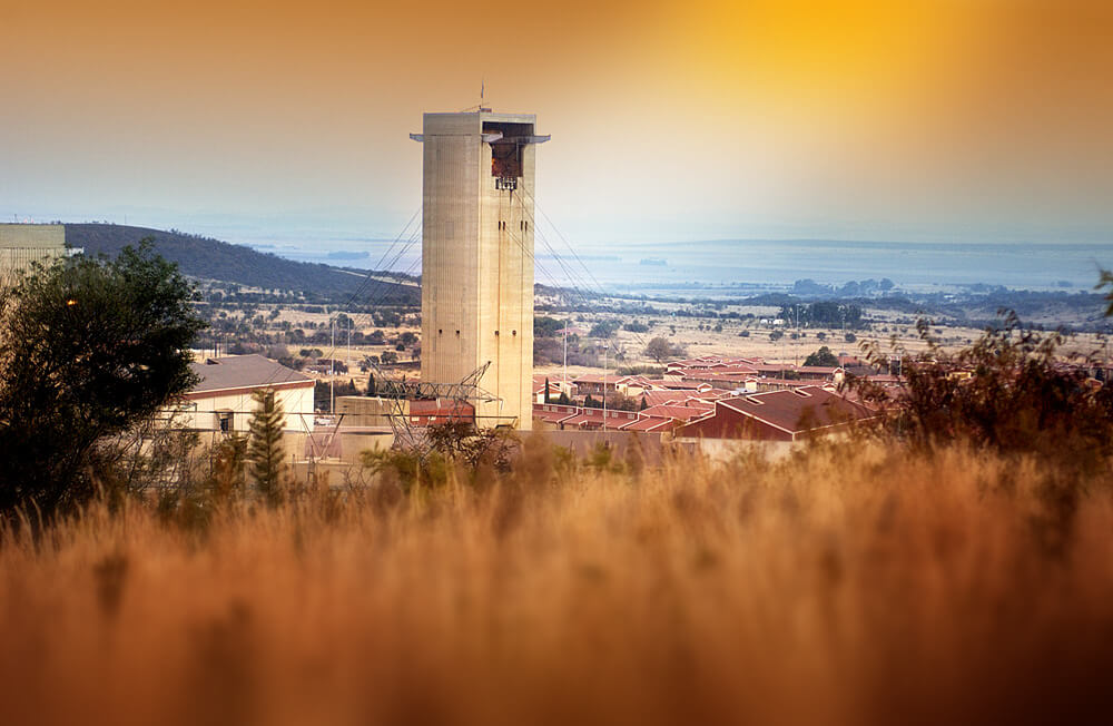 AngloGold told to keep South Africa listing to be allowed exit