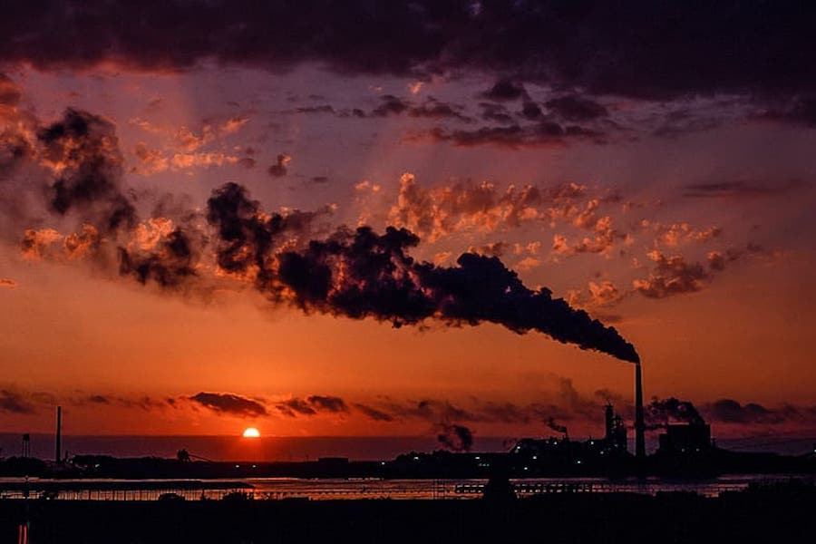 Emissions to drop 6% this year due to pandemic, won't fix climate
