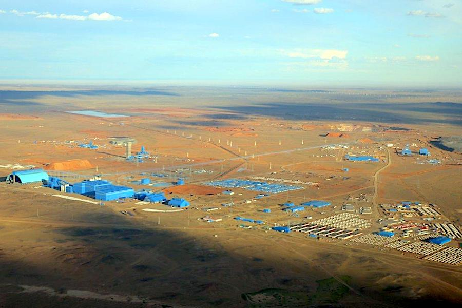 Rio lowers copper target, flags further issues at Oyu Tolgoi