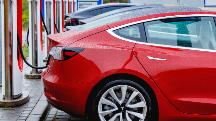 Britain's accelerating transition to electric cars