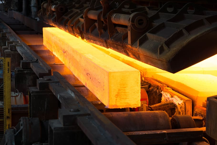 Iron ore price in full retreat as Chinese steel begin to pile up