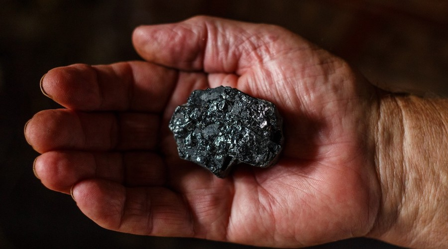 Four people die in accident near coal mine of Russia's Severstal