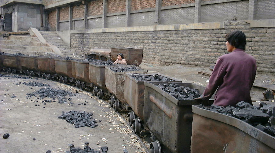 Beijing may be more addicted to coal than oil - David Fickling