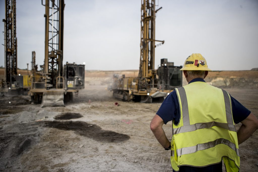 B2Gold shrugs off coup to boost output in Mali