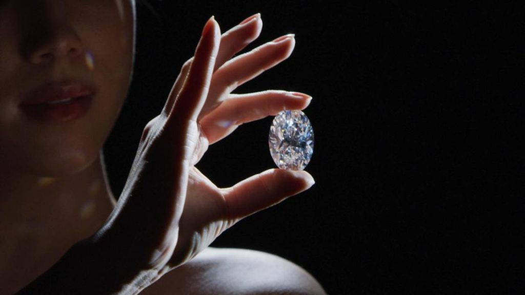 Flawless 102-carat diamond could fetch up to $30 million at auction