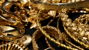 Investors will hoard gold even faster next year, keeping prices high: Refinitiv