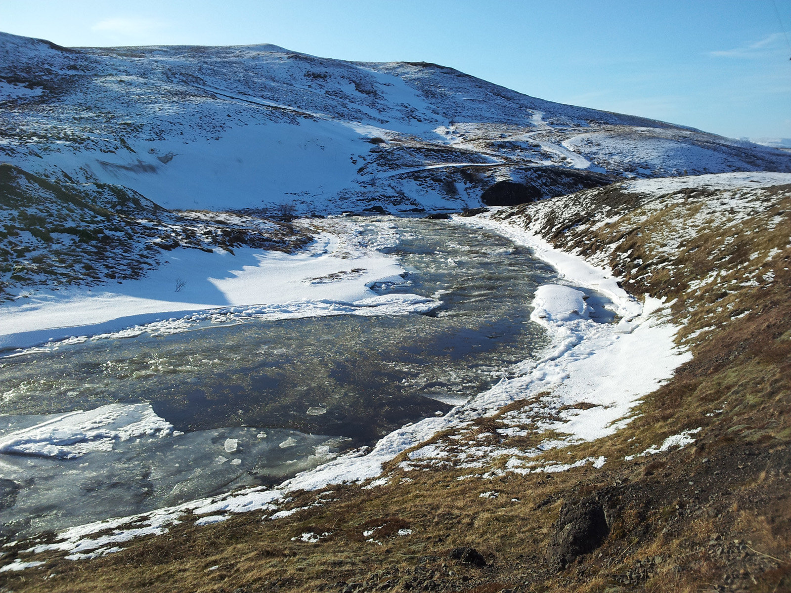 Gold miner wants to use Iceland's renewable energy to drill