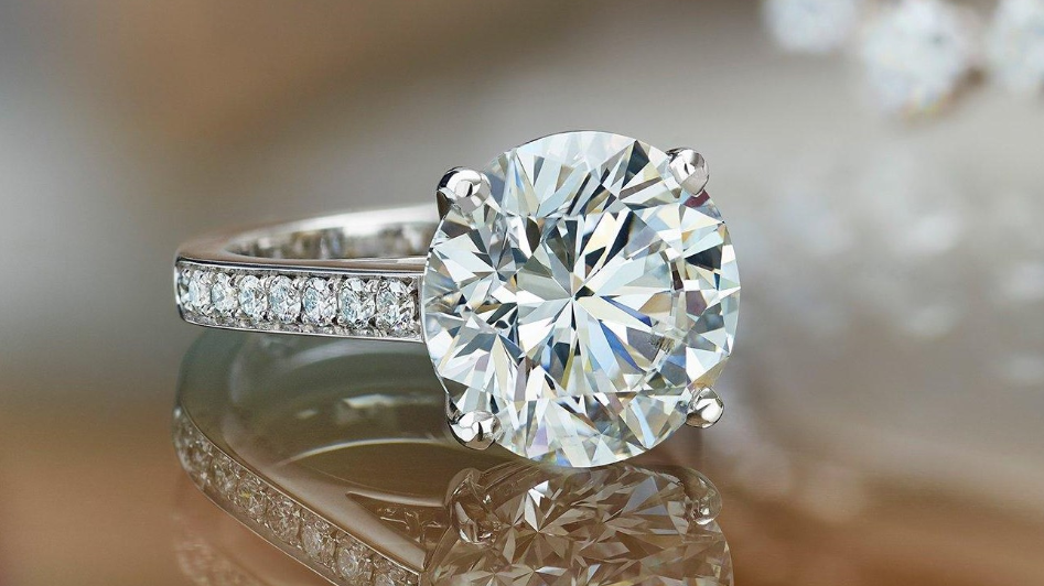 De Beers sales rise 12% as diamond demand recovers