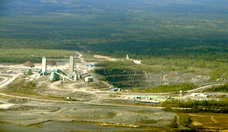 Canada Nickel mulls using Glencore's processing facility in Ontario